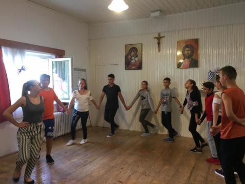 05 dansles in jeugdcentrum Roman